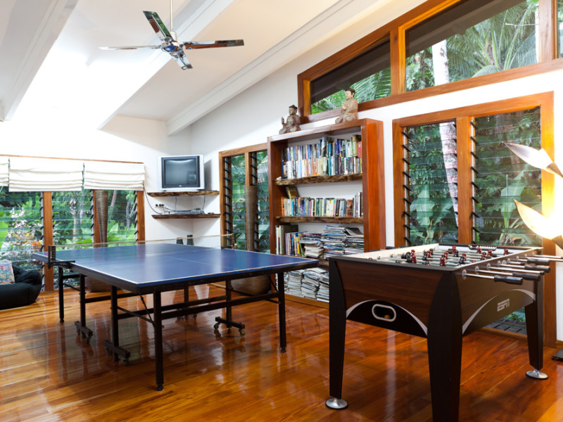 games-room---TV,-foosball-and-pong-REVISED